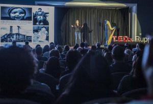 Inna-Braverman-talking-on-TEDx